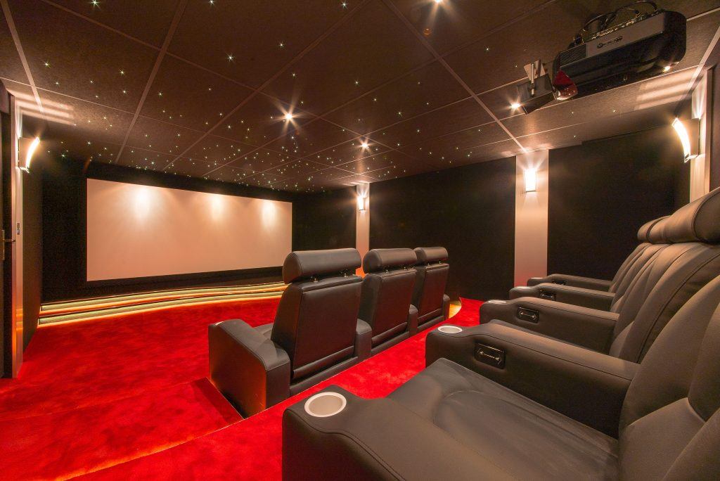 HOME CINEMA point confort decoration decoration 06 decoration cannes societe decoration cannes societe decoration nice entreprise decoration cannes entreprise decoration nice